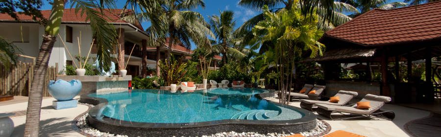 LeDucdePraslin Pool and Garden P